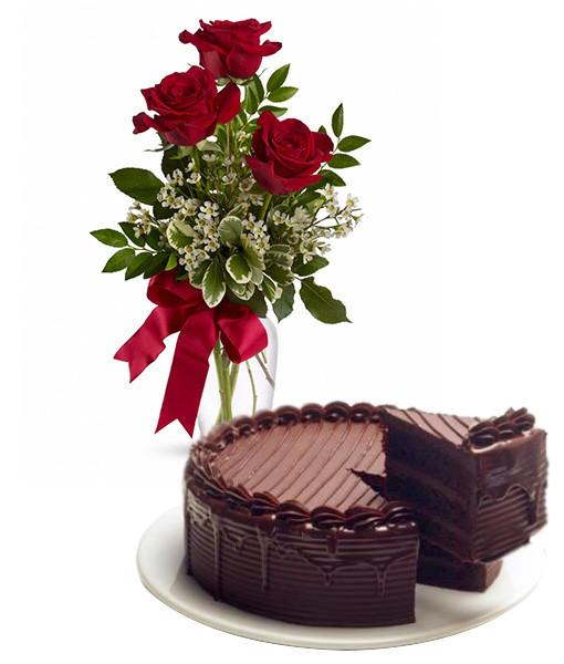 torta-al-cioccolato-con-tre-rose-rosse